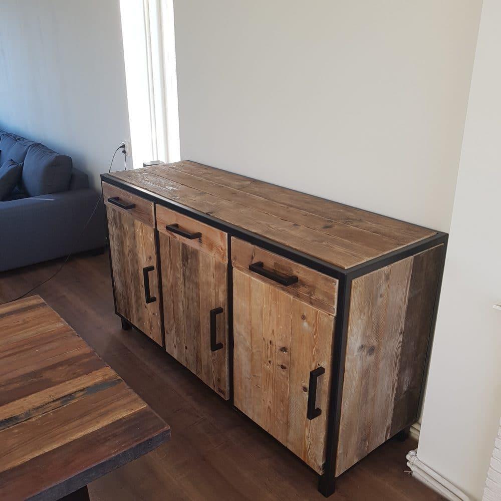 steigerhouten dressoir