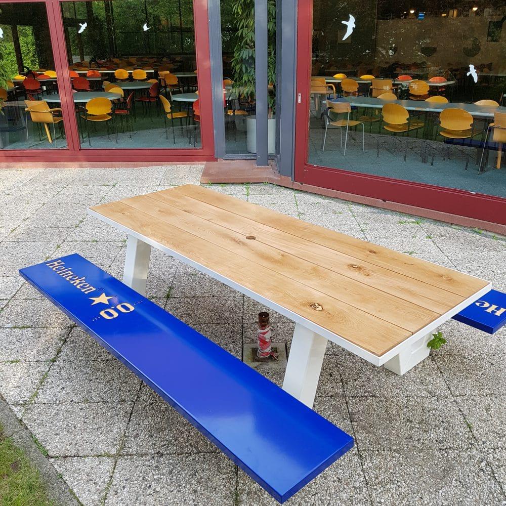 Heineken picknick tafels