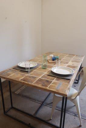 steigerhouten tafel mozaïek